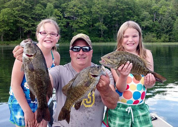 Grand pines resort four seasons of resort activities for Wi fishing season